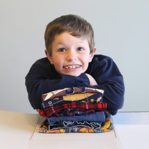 laundry-hack-kids-how-to-teach-children-to-fold-laundry-diy-folding-board-4