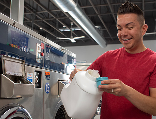 Detergente sin ropa limpia